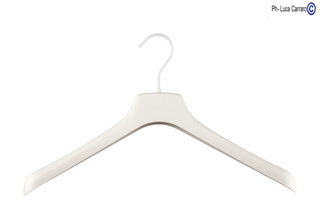WHITE RUBBERIZED HANGERS MOD. 20/GW, BOX 50 PCS.